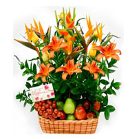 Fruit and Flowers Basket for Mom, Chile